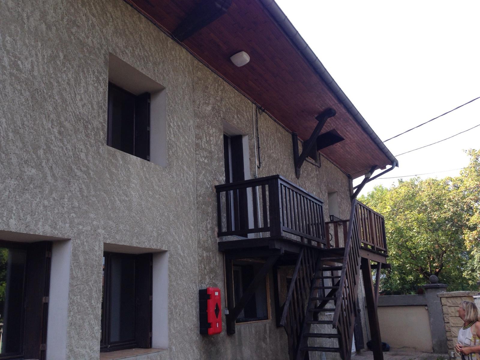 Vente Eybens Le Bourg 3 Appartements Dans Maison